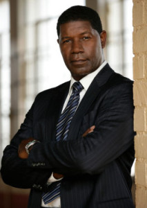 """Extreme Rendition"" -- Jonas (Dennis Haysbert) and his team are sent to Bulgaria on a complicated mission to arrange for the dangerous prison escape of a rogue former Unit operator who can help them track down an arms dealer on THE UNIT, scheduled to air on the CBS Television Network. Photo: Robert Voets/CBS ©2006 CBS Broadcasting Inc.  All Rights Reserved."