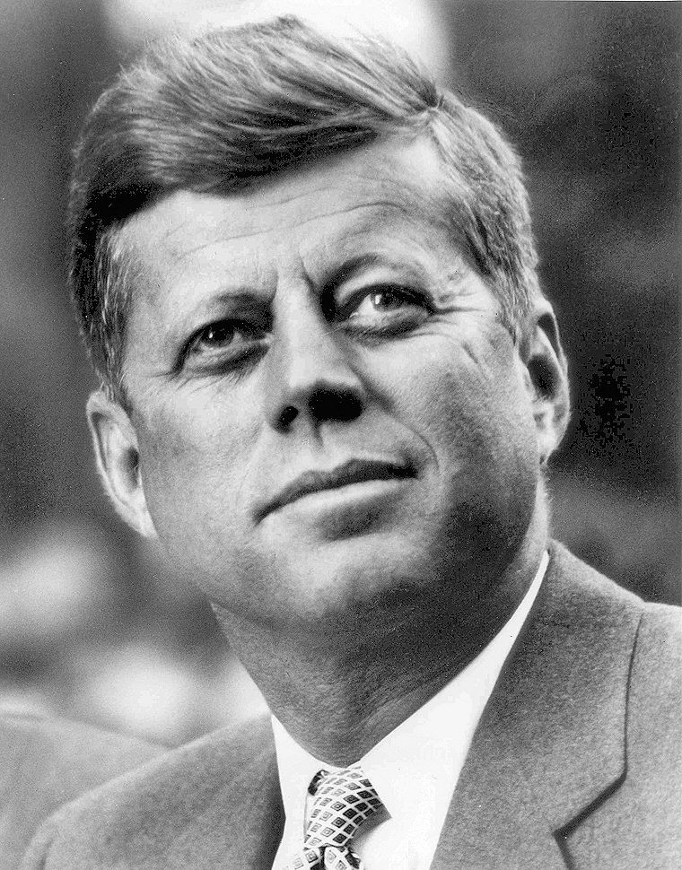 JFK_White_House_portrait_looking_up_lighting_corrected
